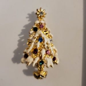 Jewelry - 🎄📍Christmas Tree Brooch